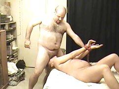 او سکس دختر با دوجنسه نوک سینه خود را بر روی دوربین زمانی که شما در دختر پرتاب
