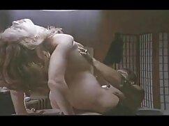 18 فیلم سکسی دوجنسه سال, روسی, فاحشه, تقسیم