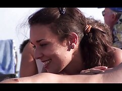 برادر فیلم سکسی دوجنسه می آموزد که خواهر به یک خواهر می شود