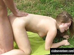 دختر تراشیده سکس دوجنسه با پسر آسان