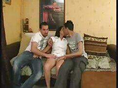سه تجاوز روسی یک دختر و ساقه آنها را با داستان سکسی دوجنسه یک دوربین